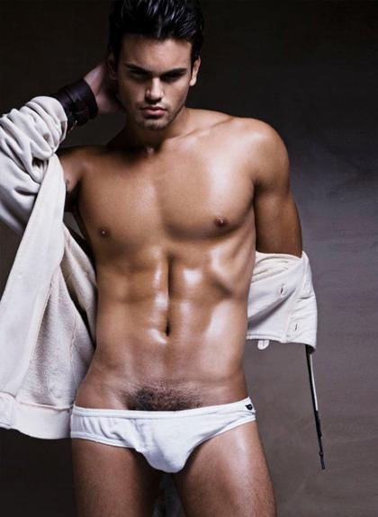 TRai dep underwear leonardo-corredor